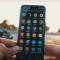 1000尺高空落下竟然還能用?Samsung Galaxy S8與iPhone 7超瘋狂摔機測試